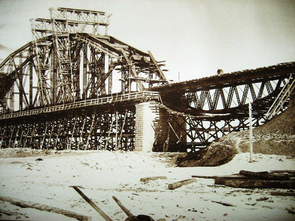 41. Виды постройки моста через Зею