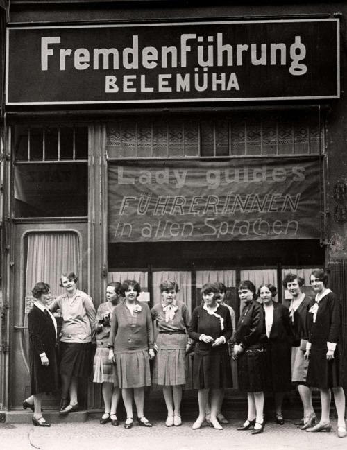 Berlin 1929 touristengidsen.jpg