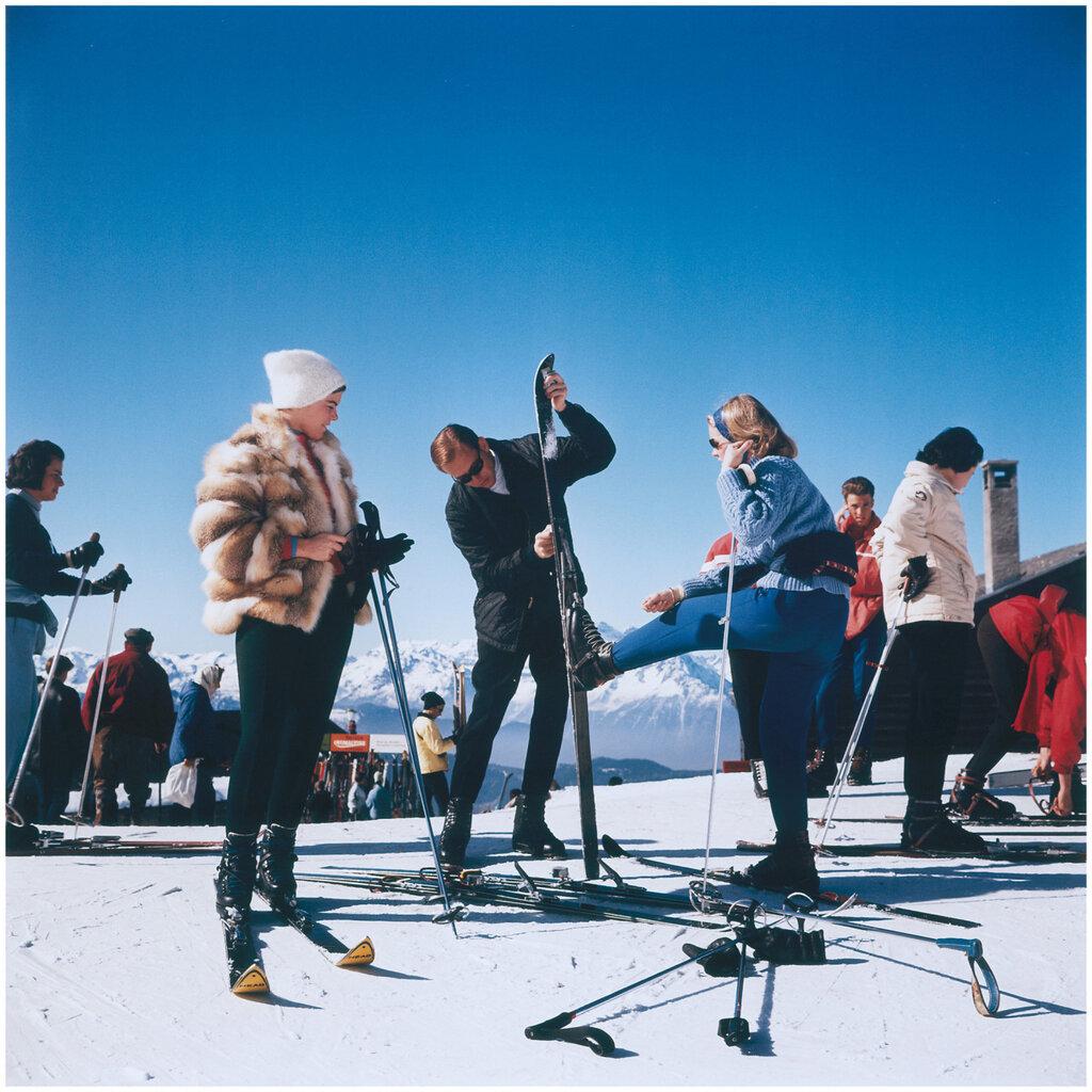 Ski party, Slim Aarons0.jpg
