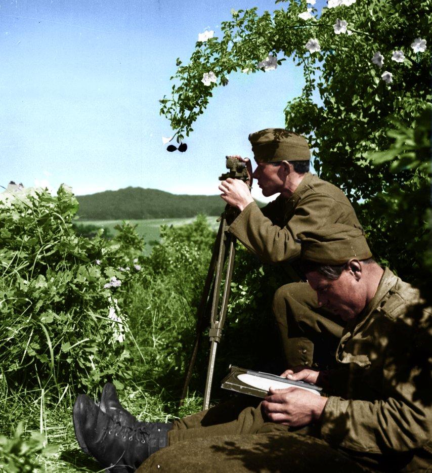forward_artillery_observer_by_greenh0rn-d85gbyf.jpg