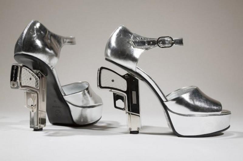 Странная и необычная женская обувь