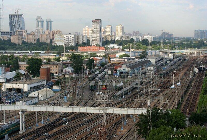 Железнодорожные пути. Киевский вокзал.