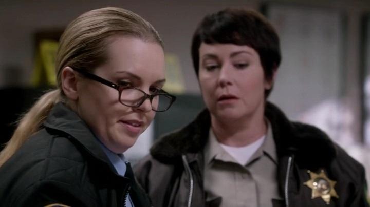Актеры и персонажи эпизода 10.08 Hibbing 911