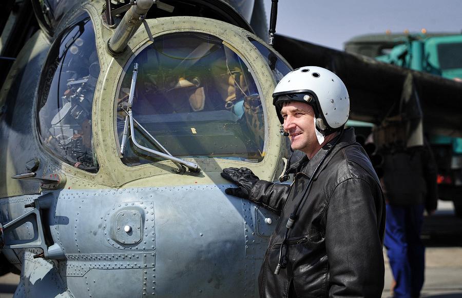 Картинки военные летчики и самолеты набор еды