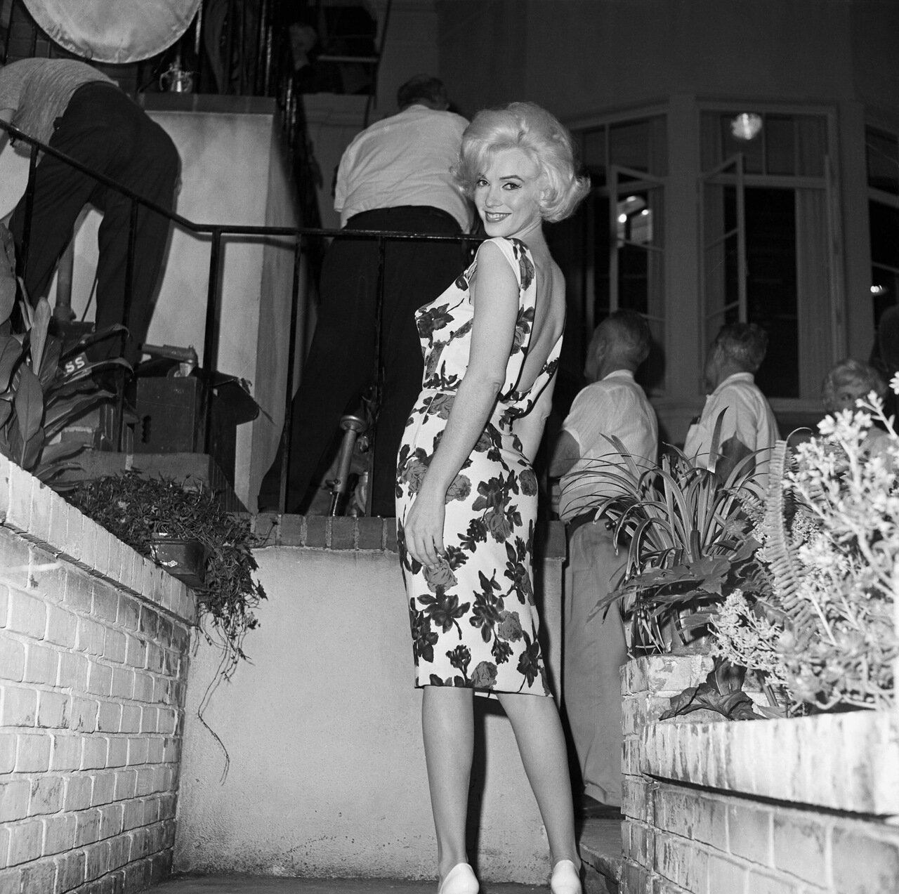 Marilyn Monroe on Set of <Something&apos;s Got To Give>