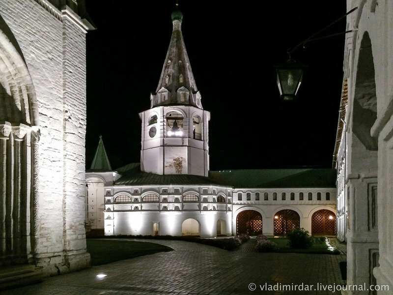 Колокольня Суздальского кремля. Суздальский кремль - ночные зарисовки.