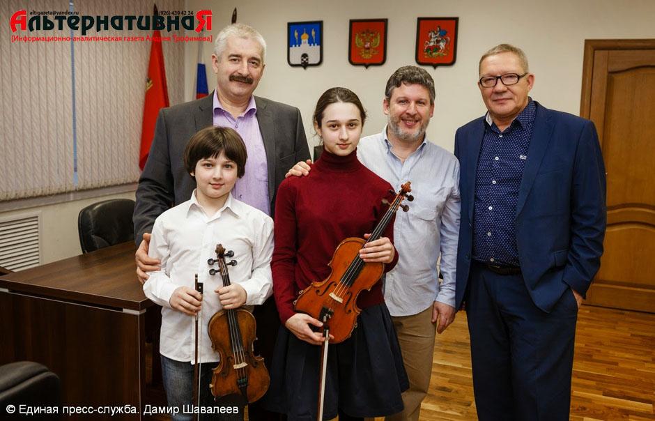 Виктор Букин встретился с юными талантами