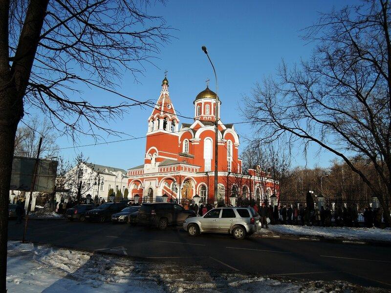 Храм Благовещения Богородицы в Петровском парке