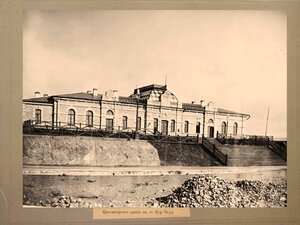 Пассажирское здание на станции Бер-Чаур