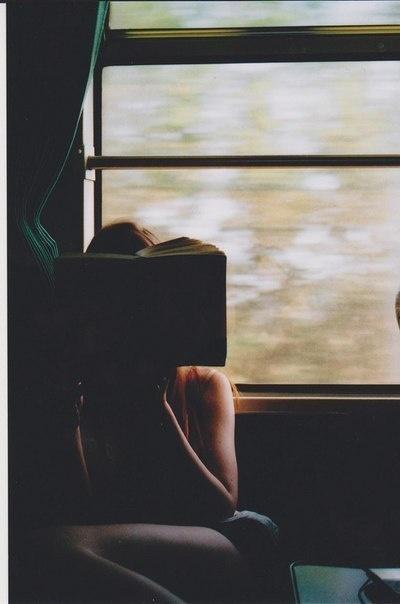Книга 10 лучших книг для долгих поездок!