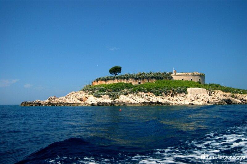 Крепость Мамула, вид с воды