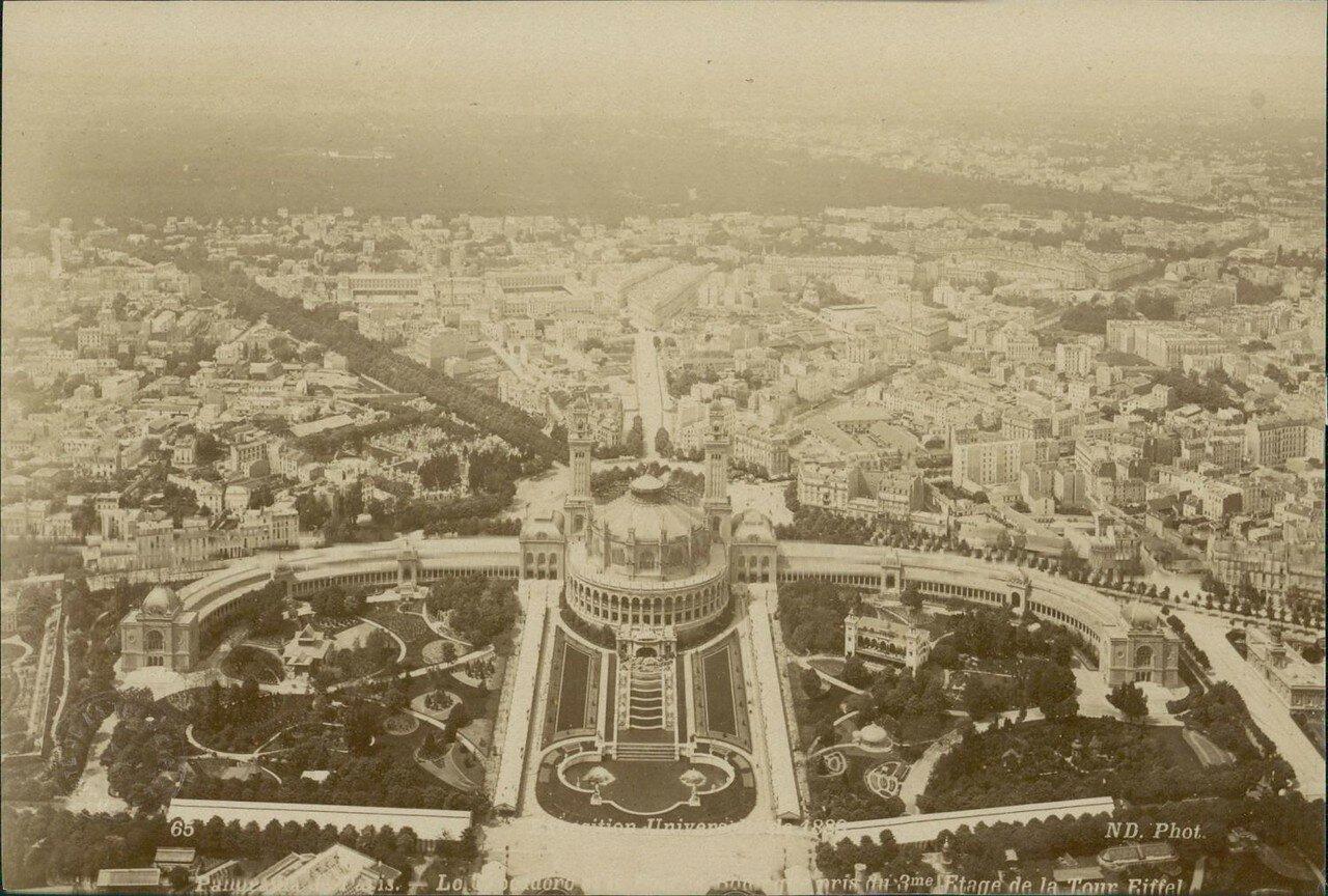 Панорама Парижа с площадки Эйфелевой башни