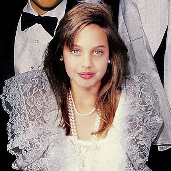 147 Анджелина Джоли.jpg