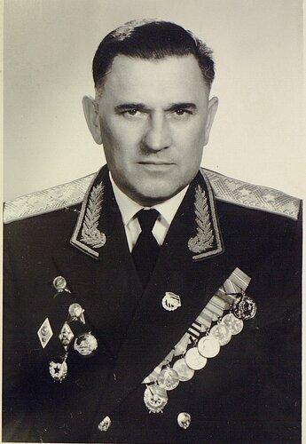 Юрпольский И.И. нач. ОКВУ 1954-57 г.г (2).jpg