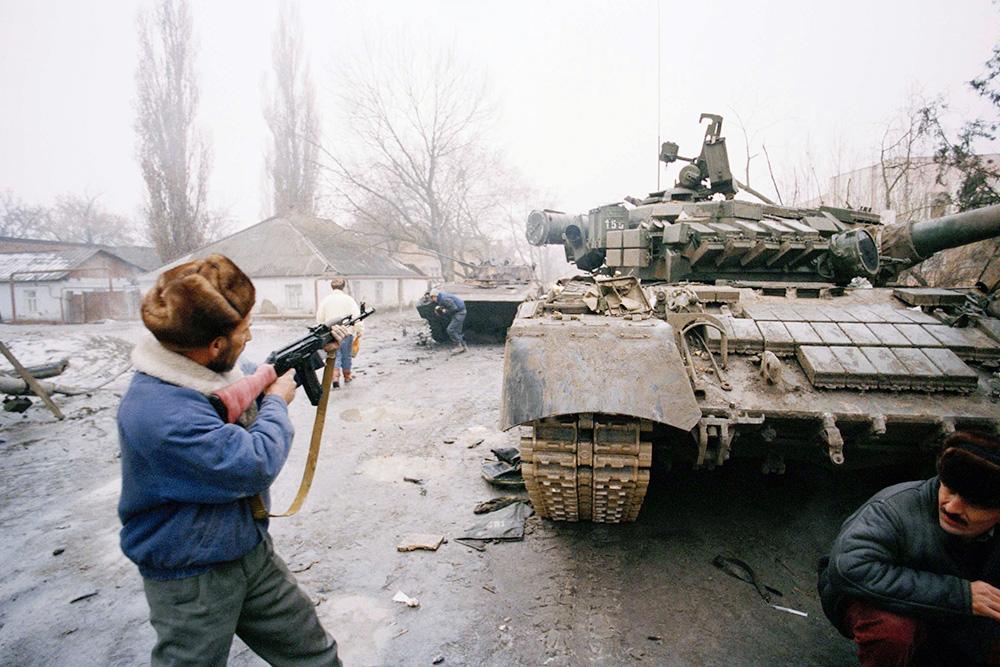 Russia Chechnya Breakaway 1995   Chechen Troops