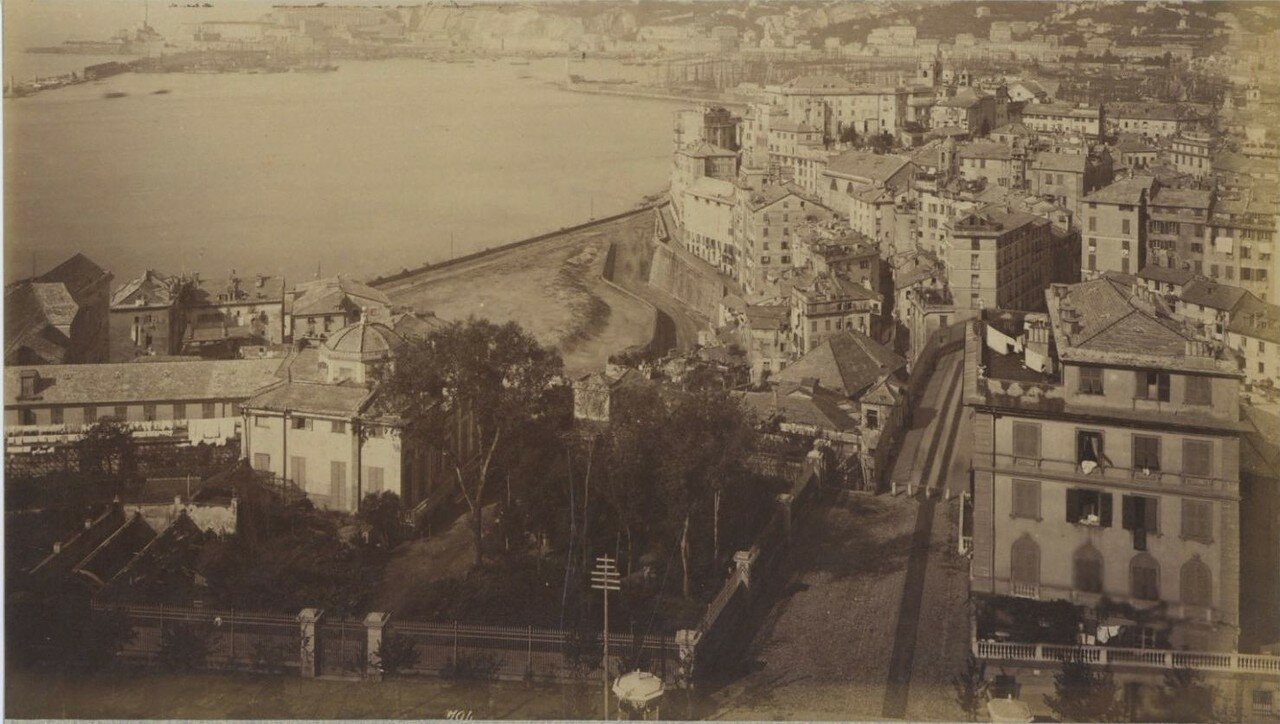 Панорама города и залива