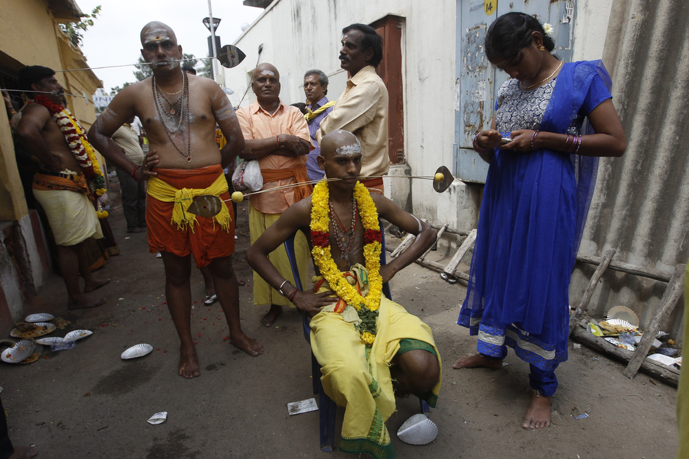 Colombos Adi Vel Festival  Kataragama