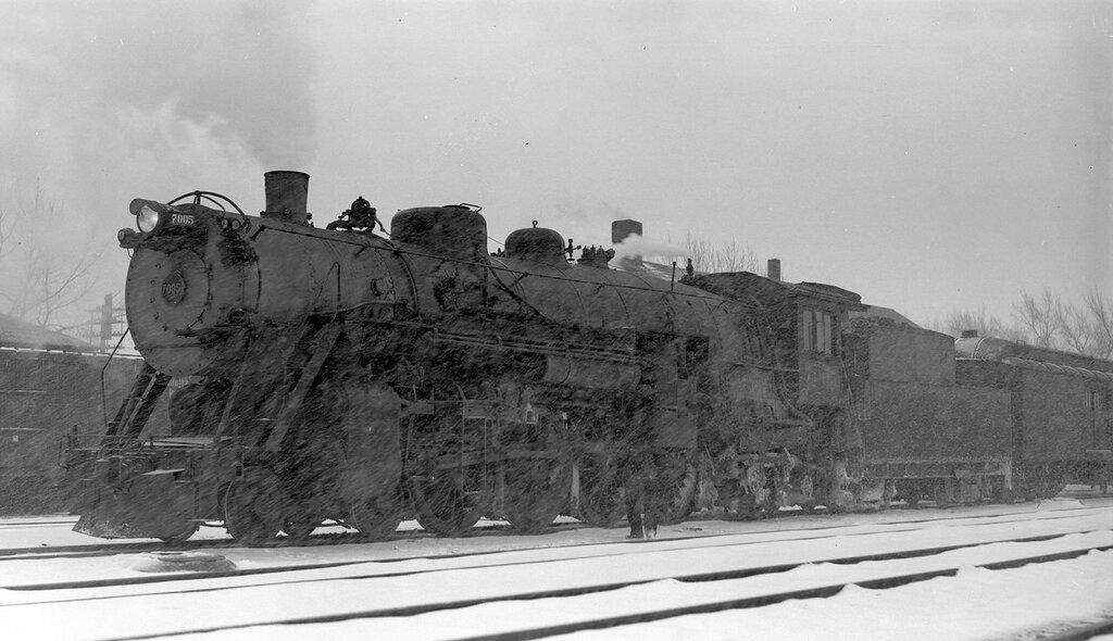 Chicago, Burlington & Quincy locomotive, engine number 7005 in snowstorm, Edgemont, S. D., March 29, 1936