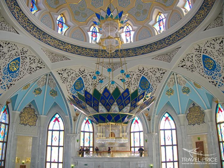 Внутри мечети Кул-Шариф