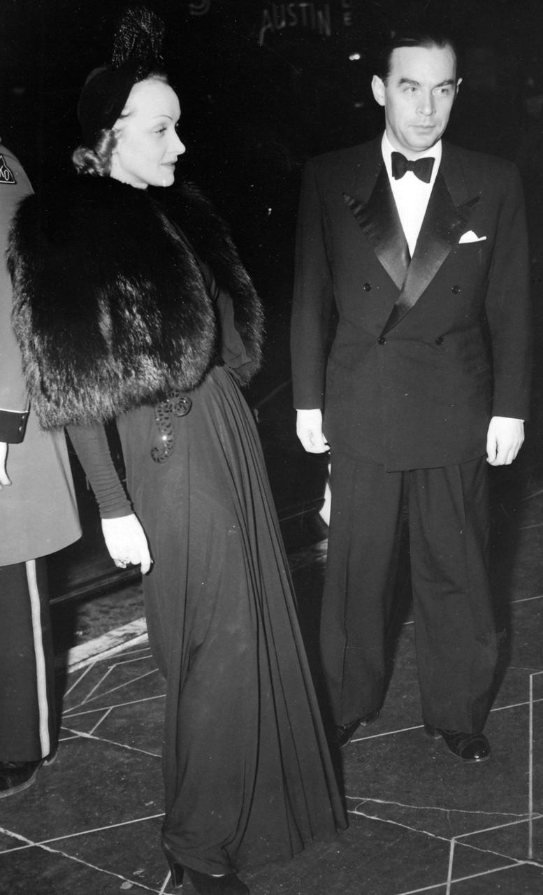 1940. Дитрих и Ремарк на премьере «Пиноккио»
