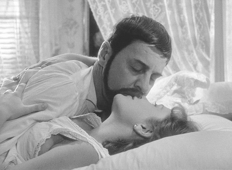 1955 - Улыбки летней ночи (Ингмар Бергман).jpg