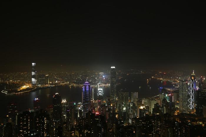 Час Земли 23 марта в разных городах