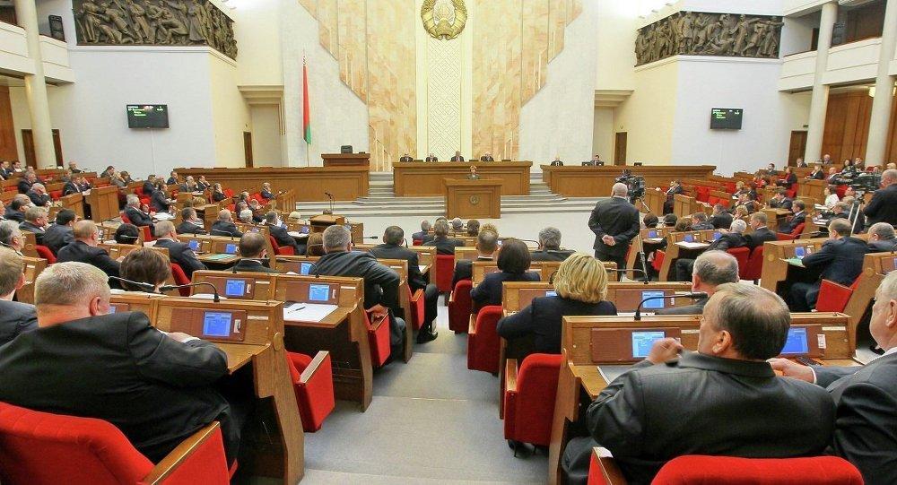 Овальный зал Дома Правительства