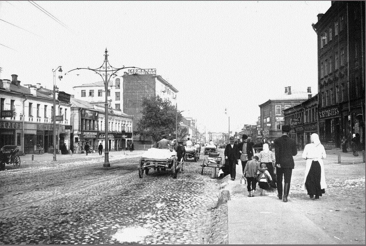 468. 1913. На Пресне