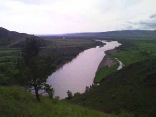 В этом месте Селенгу предлагают перегородить плотиной «Шурэн». Фото: Коалиция «Реки без границ»