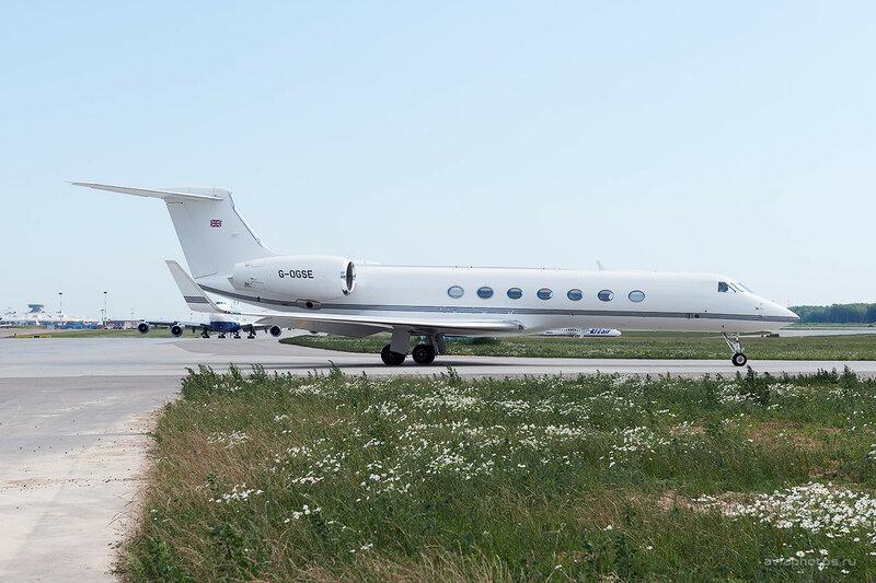 Gulfstream G550 (G-OGSE) TAG Aviation D700008