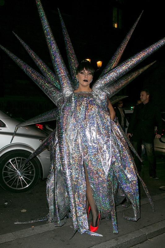 525145687MP008_Lady_Gaga_Si