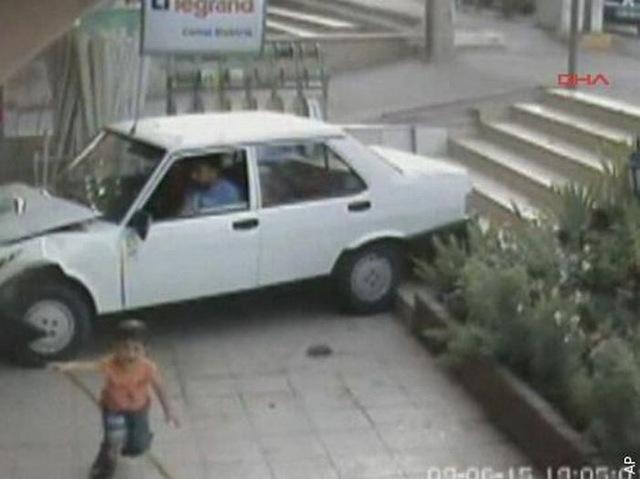 Малыш родился в рубашке (фото и видео)