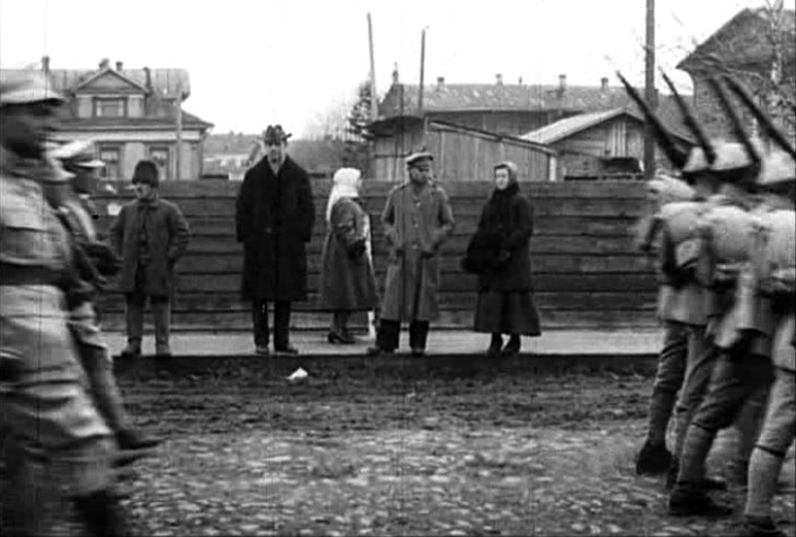 arkhangelsk_1919_pol_parade_8a.jpg