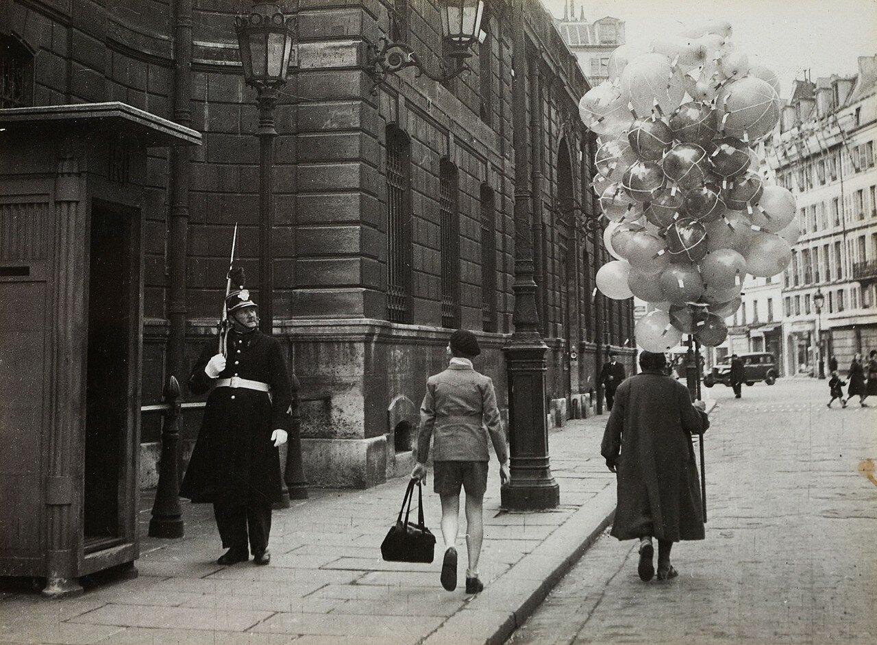 1986. Улица перед Елисейским дворцом
