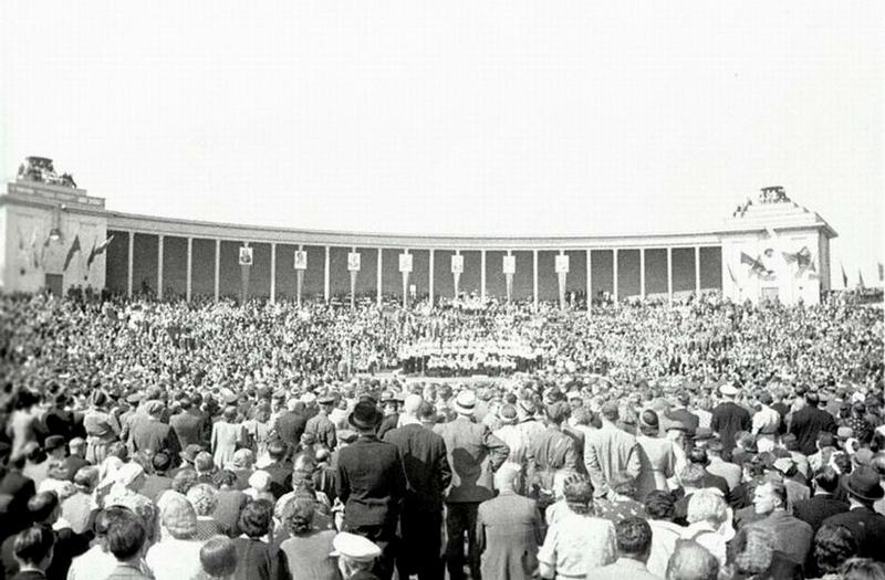 Митинг в честь присоединения Эстонии к СССР.