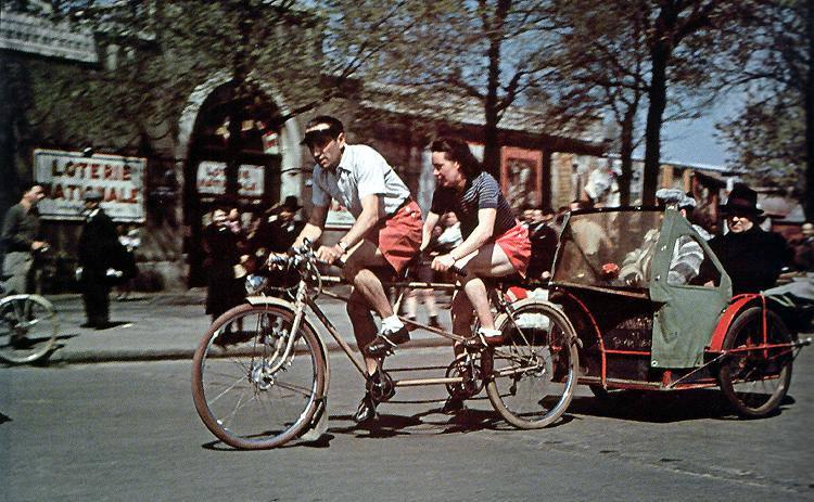 1943 Парижский рикша.jpg
