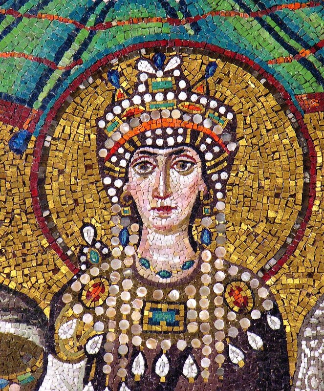 Святая императрица Феодора. Мозаика церкви Сан Витале (Св. Виталия) в Равенне. VI век.