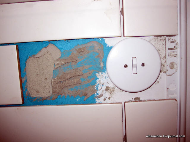 плитки у выключателя