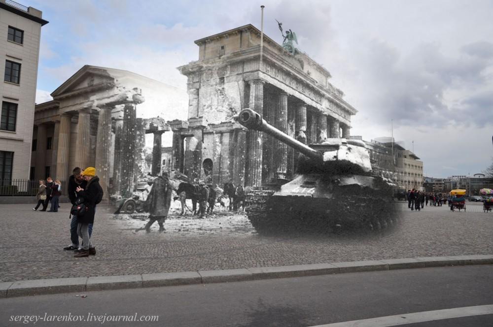 32 Берлин 1945-2010 Танк Ис-2 у Бранденбургских ворот.jpg