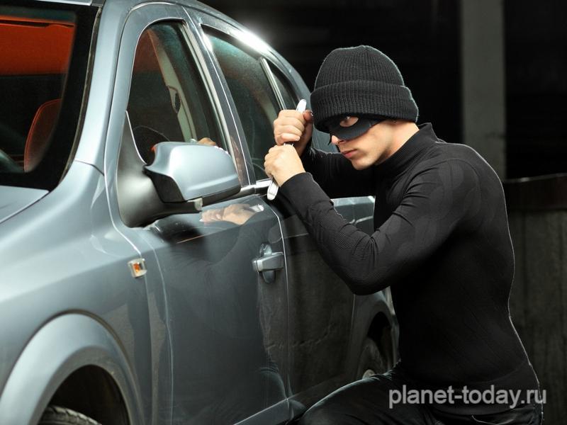 Автомобиль Lada стал самым угоняемым вРоссии class=