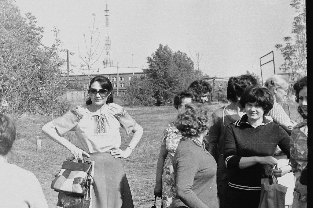 1982_3.jpg