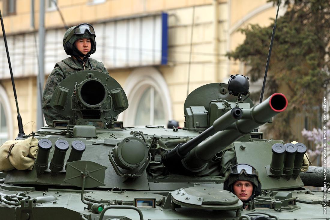 генеральная репетиция парада Победы в Волгограде БМП-3