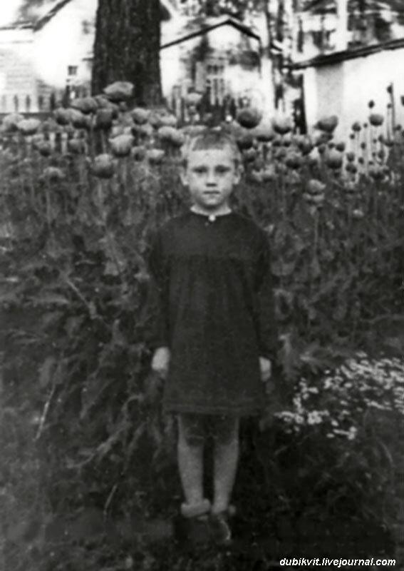 1943 год. Володя Высоцкий в детском саде фабрики «Свобода» п.Малаховка, Московской области.jpg