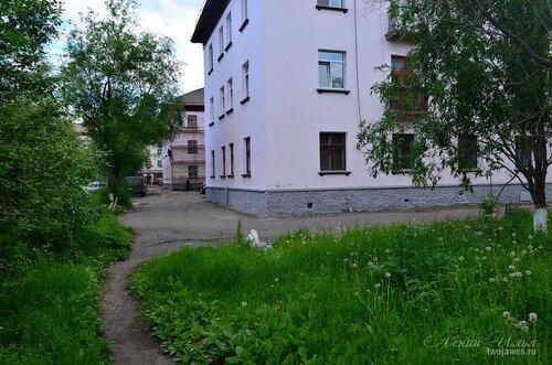 Фото города Инта №7842  Северо-восточный угол Социалистической 4 21.06.2015_14:53