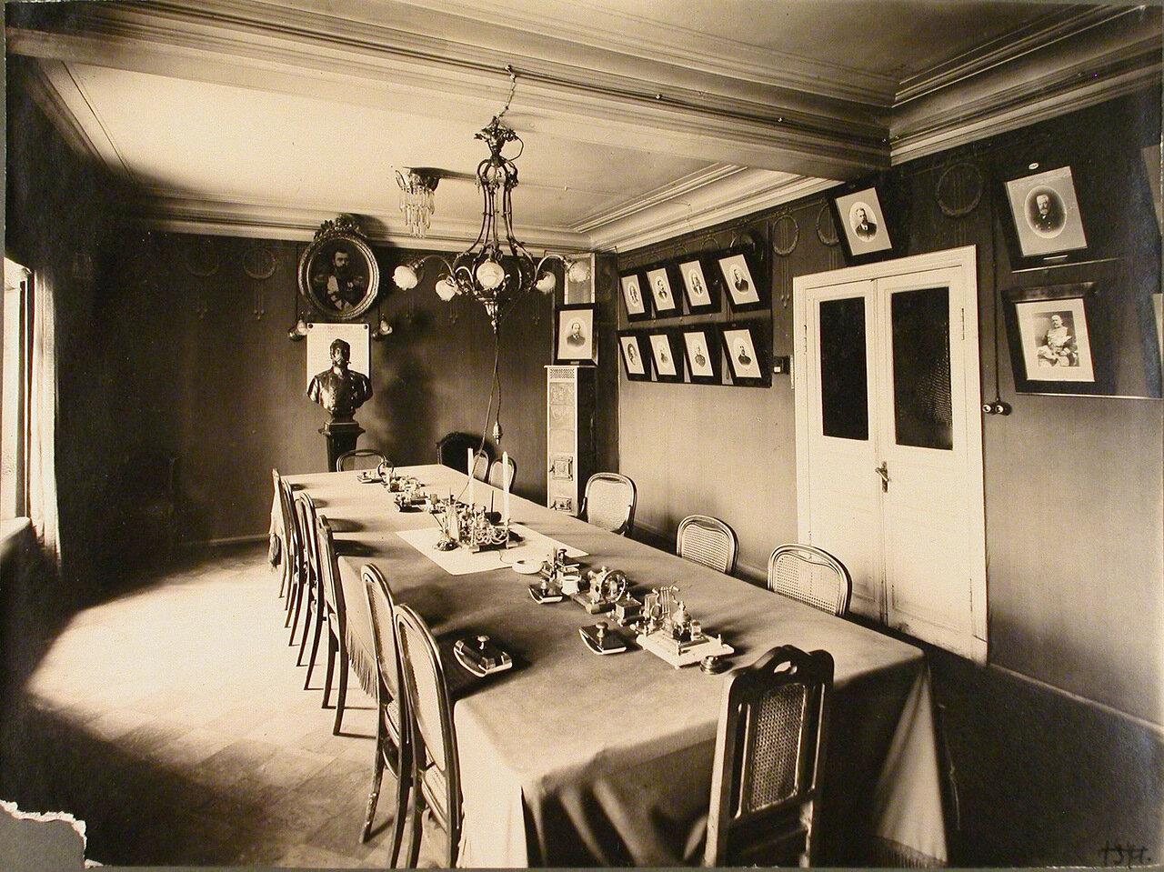 Вид части зала Совета Управления Северо-Западной железной дороги
