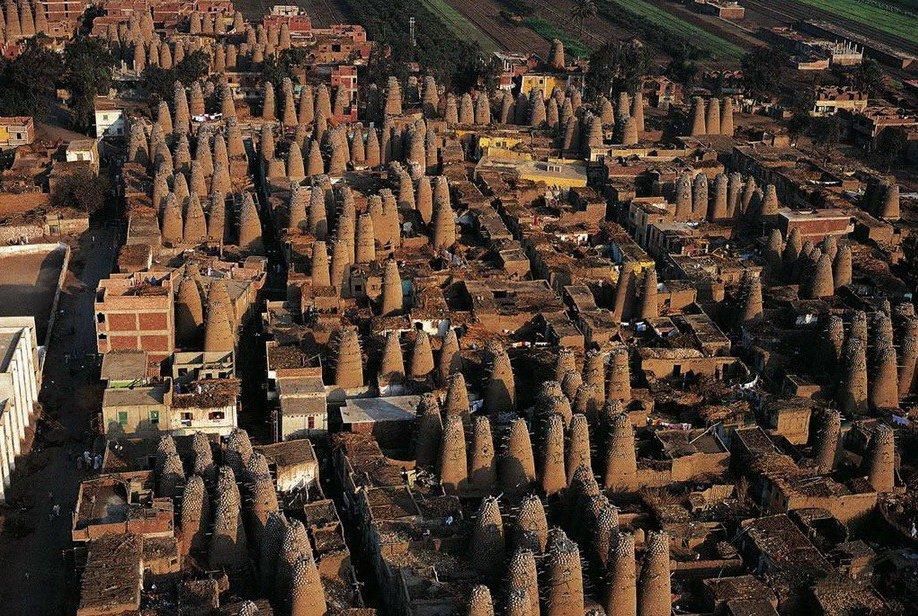5. Голубятни в Мит-Гамре, Египет. Голубей здесь разводят на мясо.