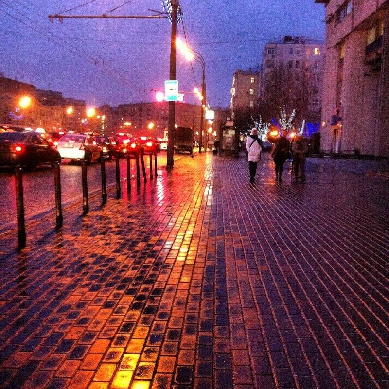 От Парка Культуры по Зубовскому бульвару