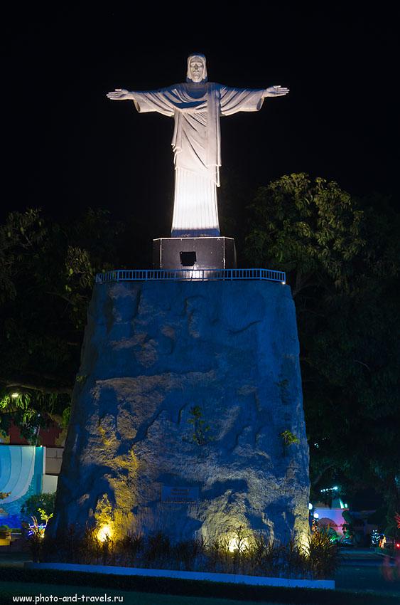"""27. Статуя Христа-Искупителя в парке """"Мини Сиам"""" в Паттайе. Куда пойти и что посмотреть в Таиланде, когда надоело купаться в море."""