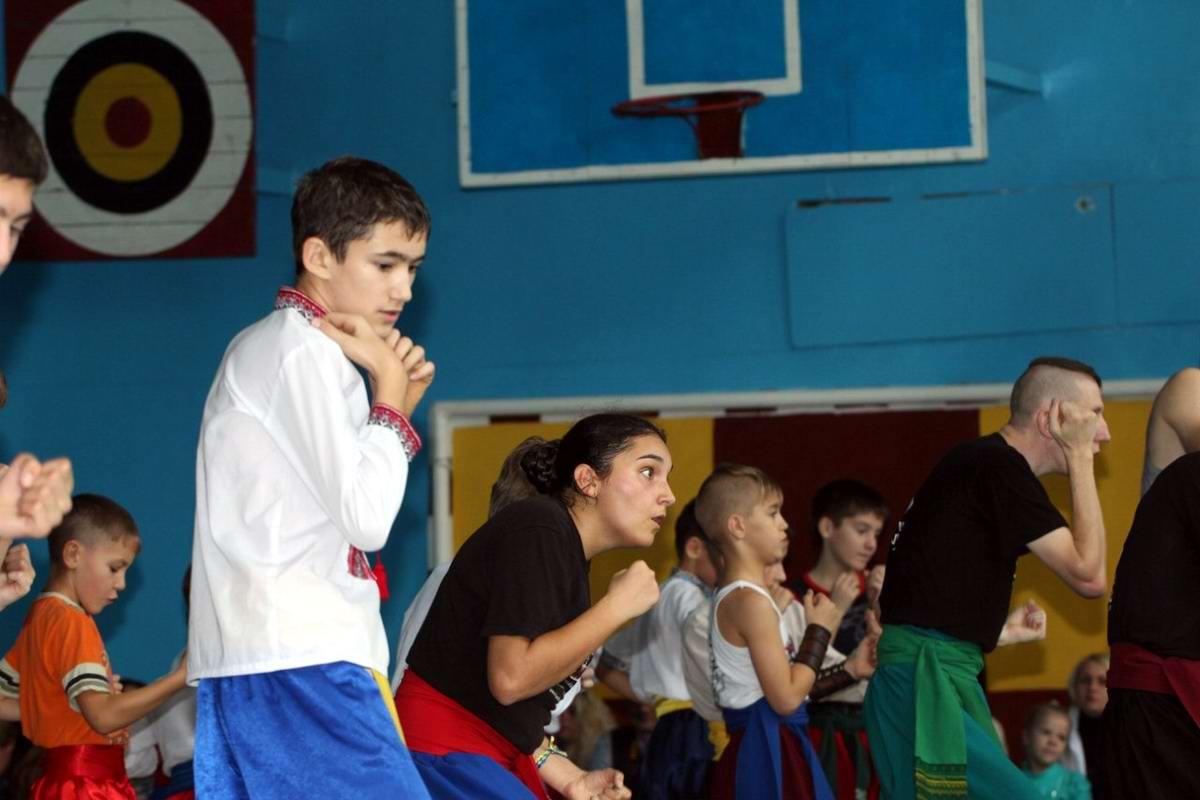 Квалификационный групповой экзамен в школе боевого гопака города Нетешин (Хмельницкая область) (11)