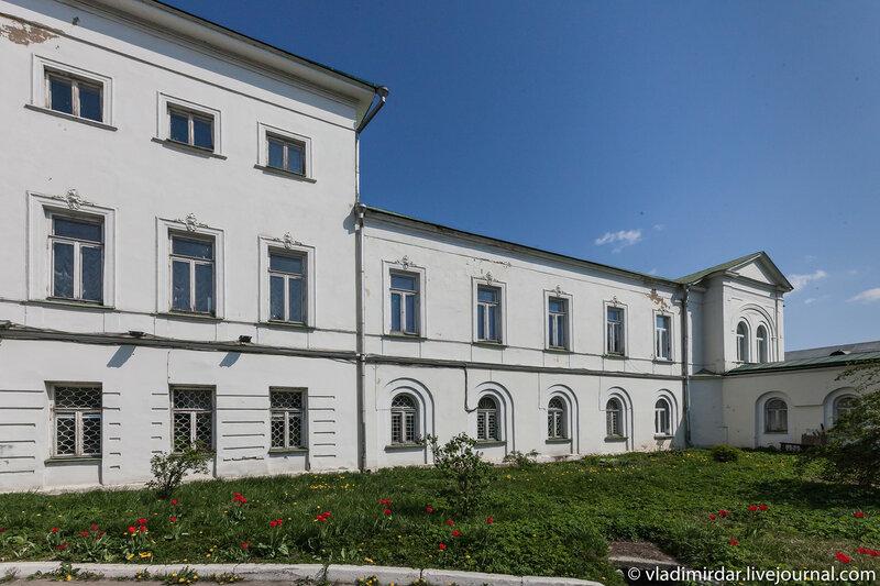Восточное крыло главного дома усадьбы Ивановское